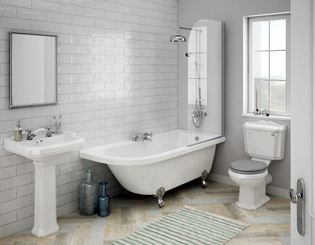 Fürdőszoba szennyvízcső rendszere a padlózatban rejlik
